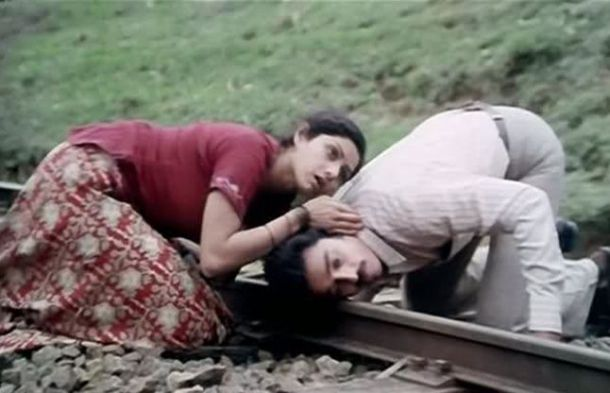 Sadma - Sridevi played the cute role of Reshmi. Sridevi Hindi film career