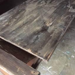 A Hot Mess of a Farmhouse Table
