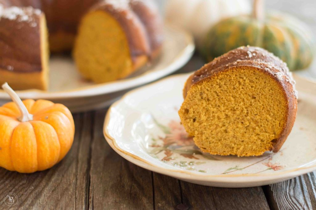 Pumpkin Spice Bundt Cake Recipe