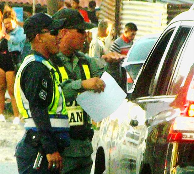 cops 4