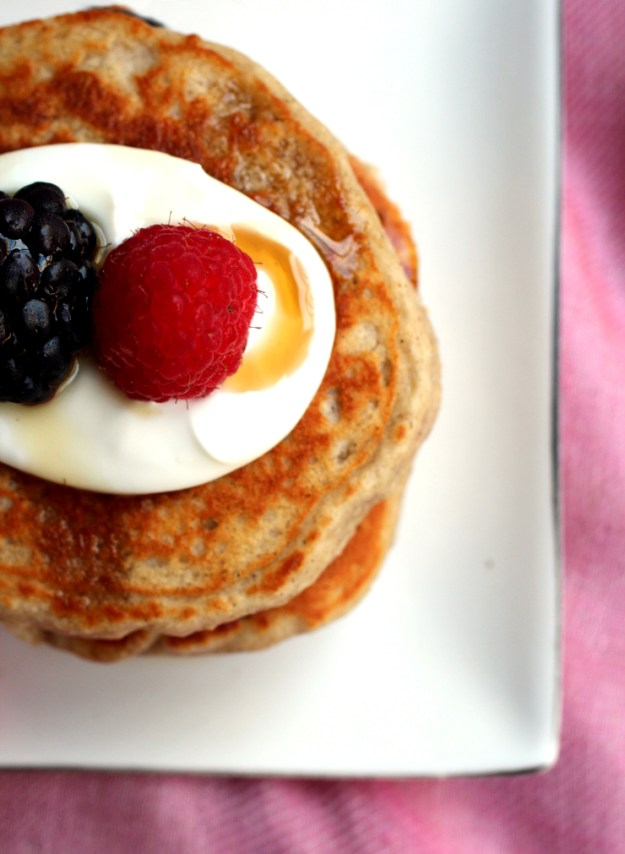 Oat and Yogurt Pancakes