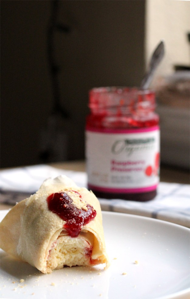 Japanese Cheesecake Crepes // The Pancake Princess