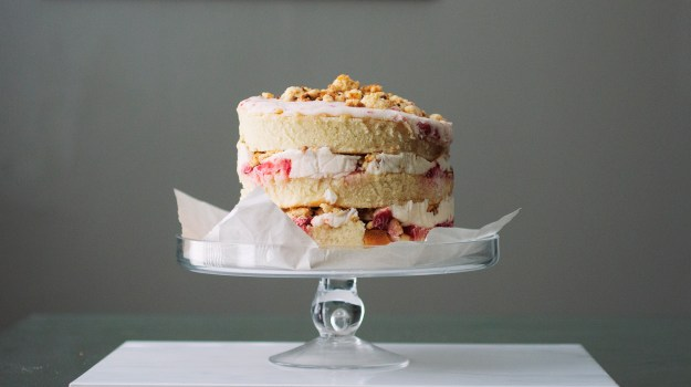 Strawberry Momofuku Cake // The Pancake Princess
