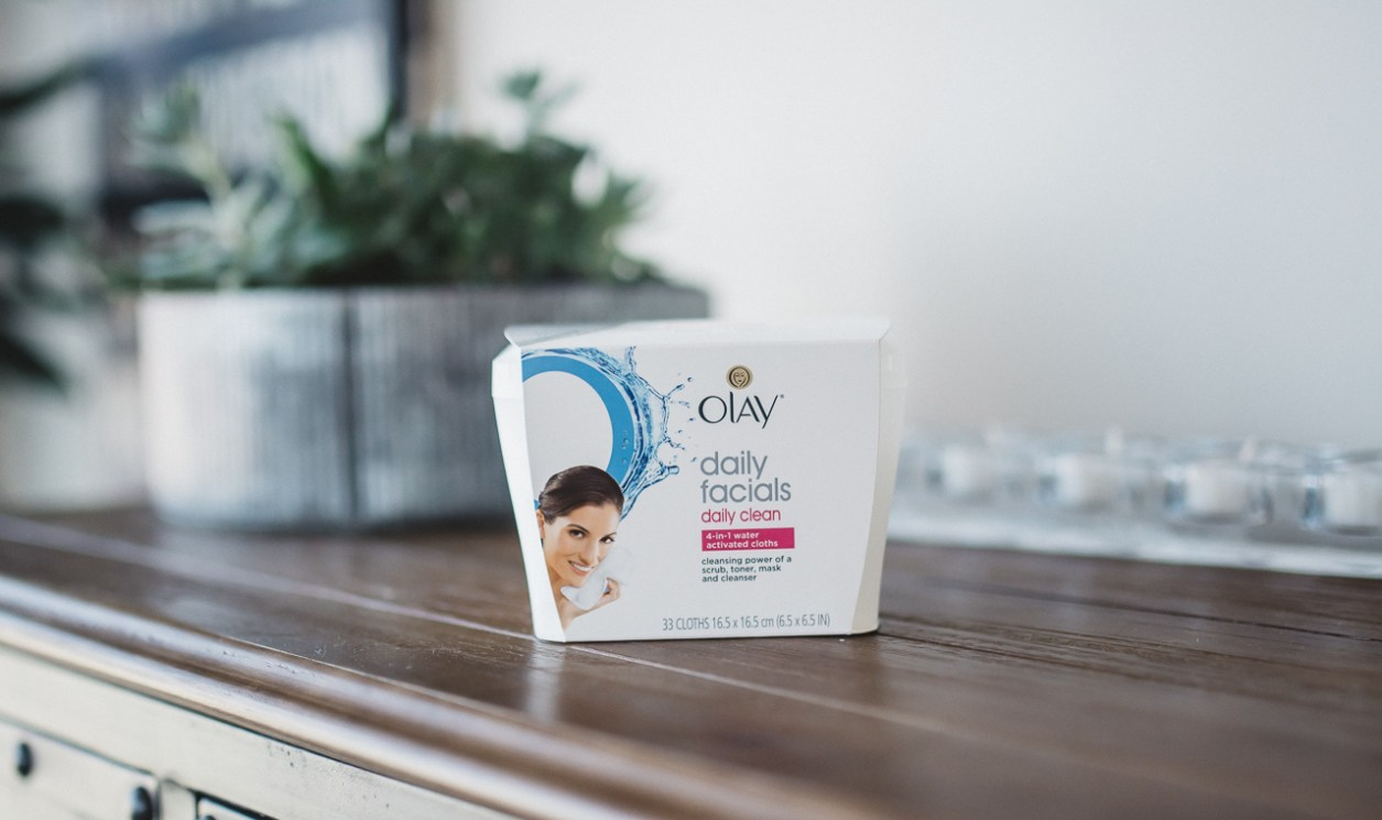 Olay Daily Facials 4 in 1 Cleansing Cloths (13 of 15)