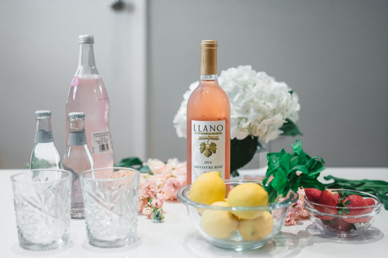 Llano Wine Summer Rose Spritzer Cocktail (7 of 26)