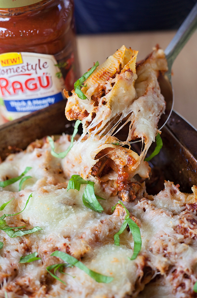 Cheesy Mushroom Stuffed Pasta Shells & A Giveaway!