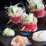 Low-Carb Seared Tuna Tataki Rolls with Creamy Ginger Sauce