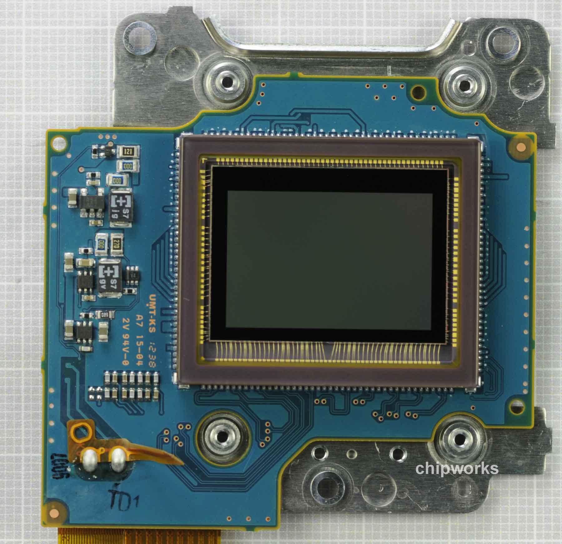 Nikon D5200 Sensor Made by Toshiba