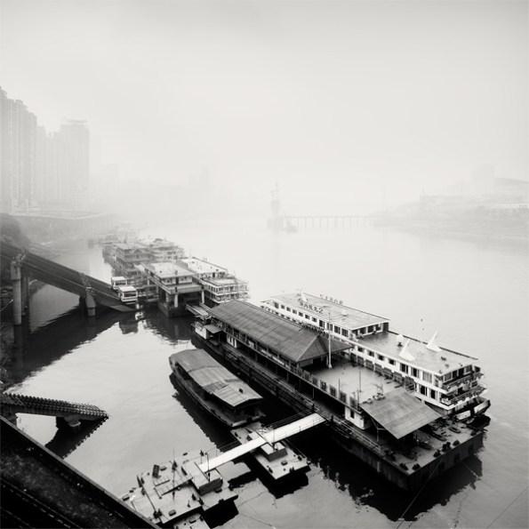 martin_stavars-city_of_fog03