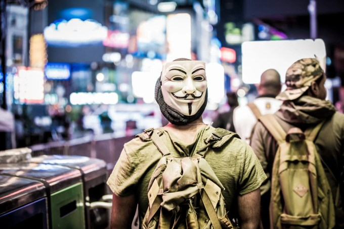 Mask image: jayluv141@aol.com (Jason)