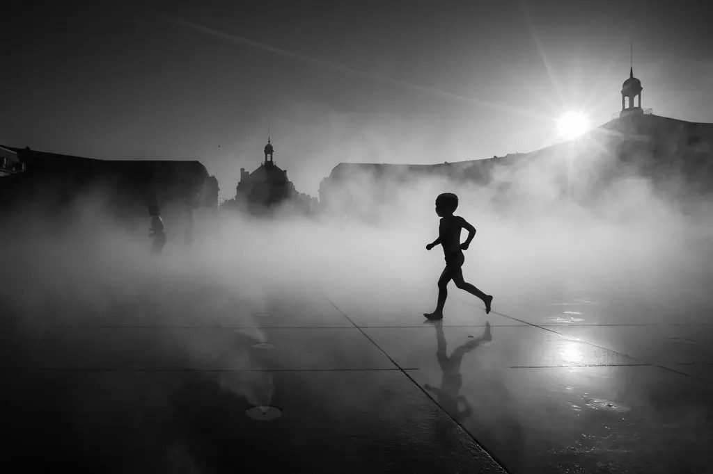The result of the la noir image black and white contest for Miroir winners
