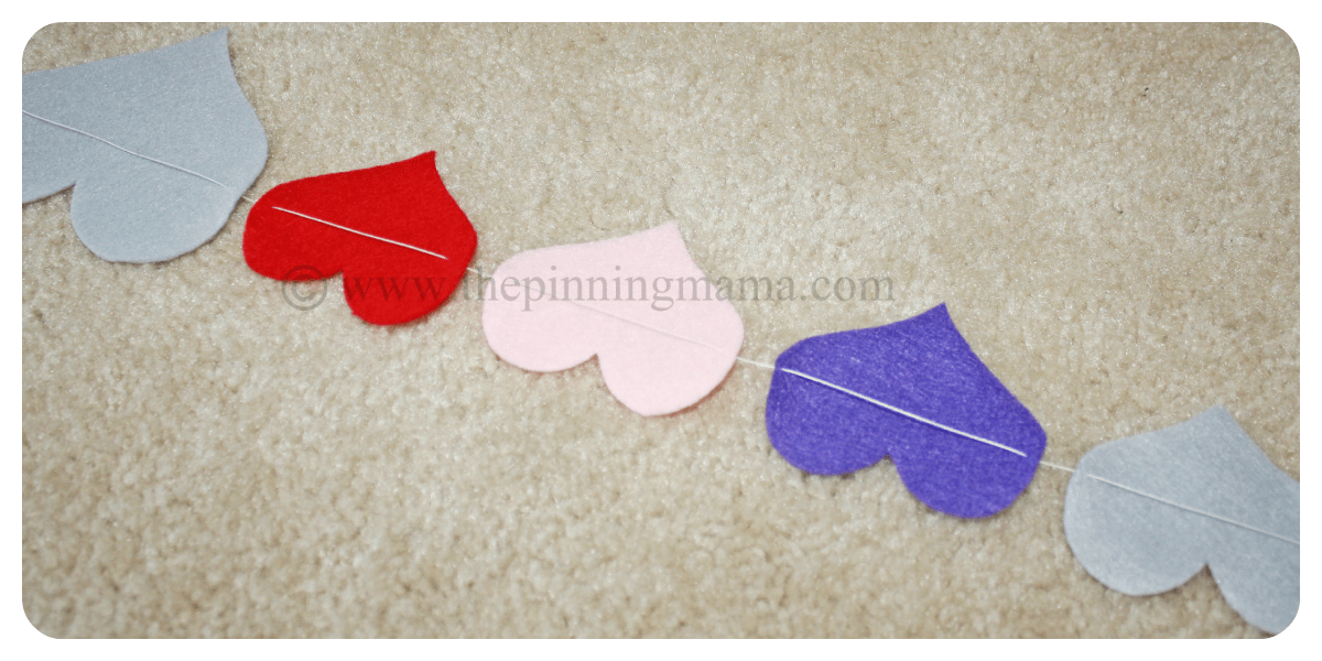 Felt and freezer paper heart garland by www.thepinningmama.com