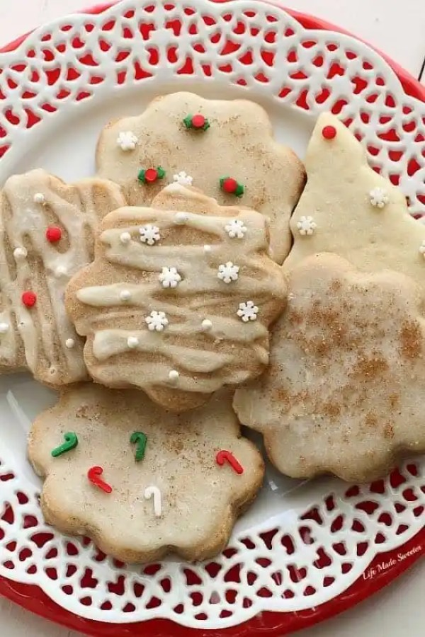 Eggnog Shortbread Cookies from @LifeMadeSweeter