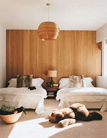 Aerin Lauder Aspen Bedroom via popbee