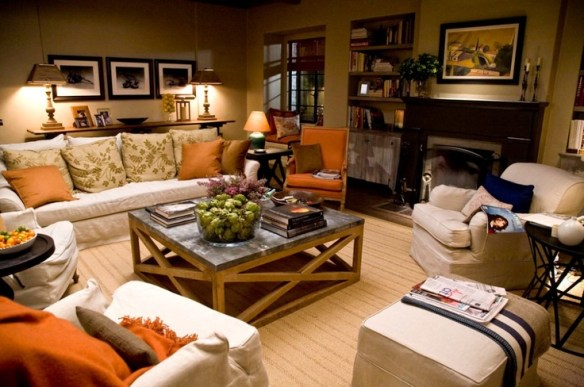 Living Room of It's Complicated House via Pinterest