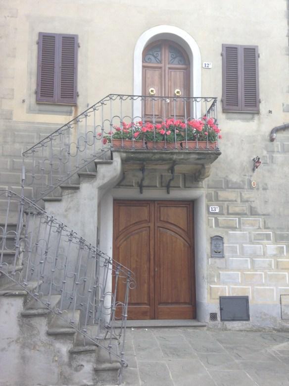 Montacino Door above