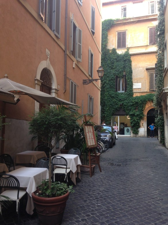 Via Baunbino Rome