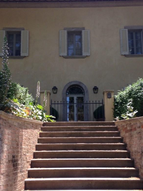 Villa on CDB