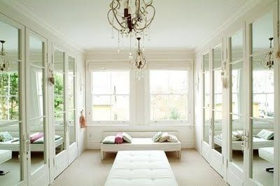 White clean Closet via Pinterest