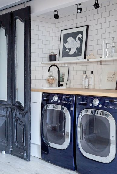 Blue Appliances in Laundry Room