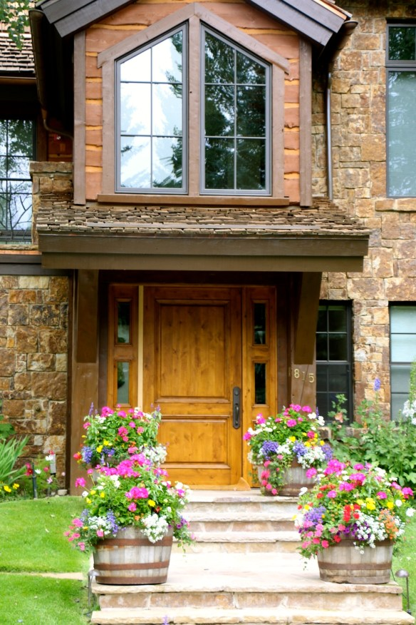 Flower Potted Entry in Aspen