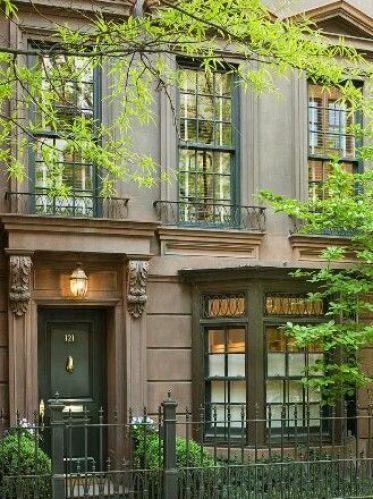 Gorgeous Townhome and door via Pinterest