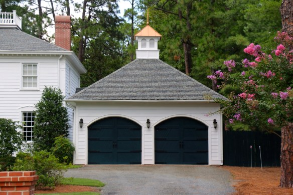 garage in Pinehust