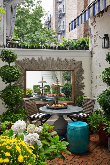 Architects Fairfax and Sammons Manhattan Garden via House and Garden UK