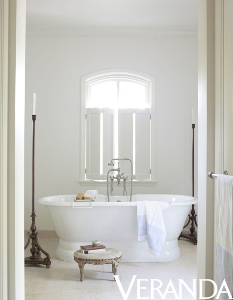 Bathroom by Darryl Carter via Veranda