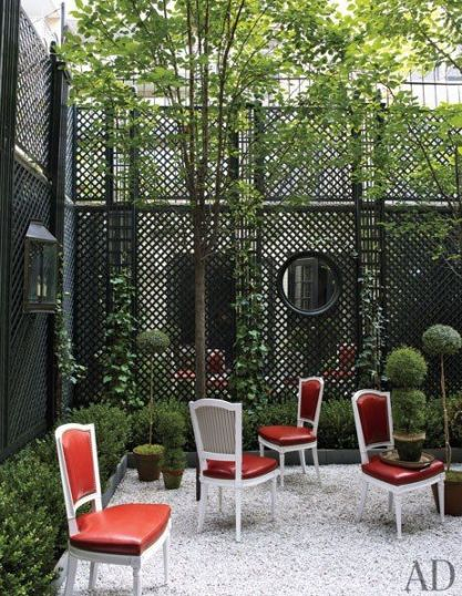 Trey and Jenny Laird's Manhattan Garden via AD