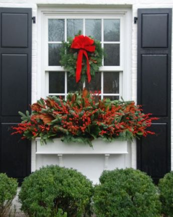 Holiday window box via talk of the house
