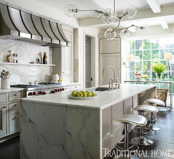Charleston Home by Lisa Hilderbrand via Tradtional Home 11