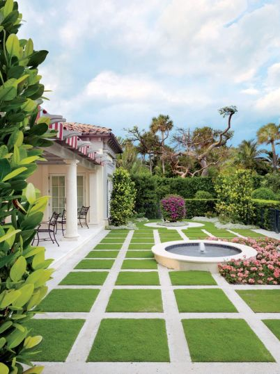 Mizner backyard via Design File
