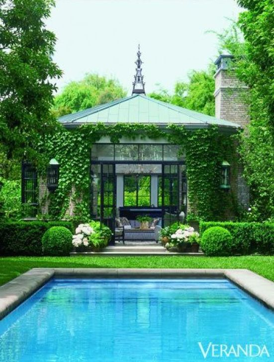 Pool house pavillion via Veranda