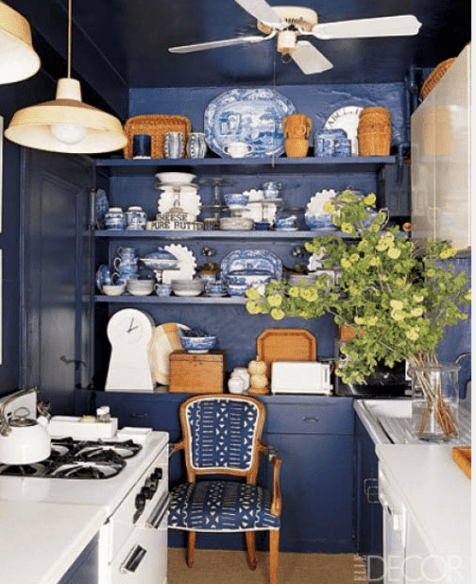 Navy kitchen via Elle decor