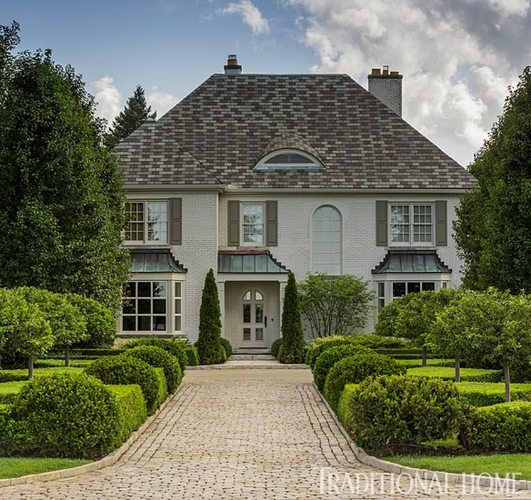 Douglas Hoerr designed garden via Traditional Home