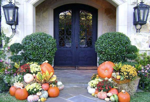 Pumpkin and boxwood door decor