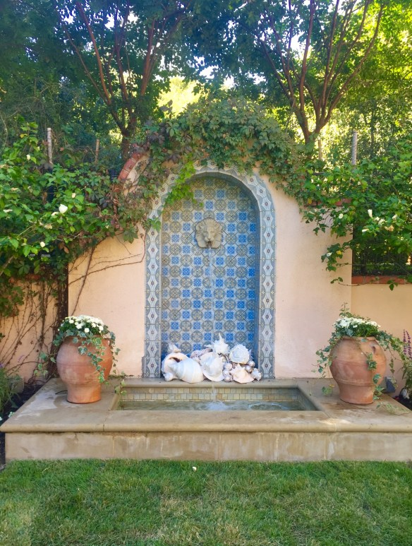 Garden by Robert Bellamy via The Potted Boxwood 8
