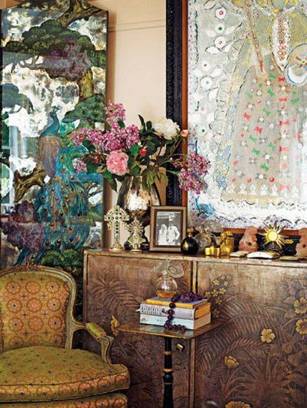 Corner of Gloria Vanderbilts home via Dwell Studio