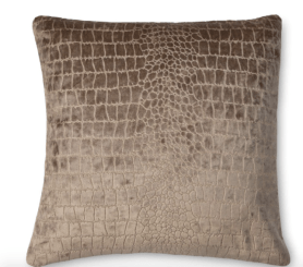 shop-the-manor-pillow-love