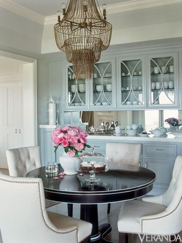 round dining room via Veranda