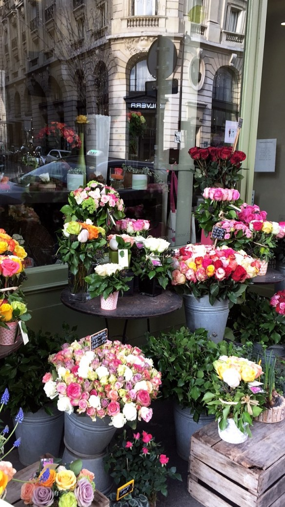 Flower store in Paris photo by Christina Dandar for The Potted Boxwood