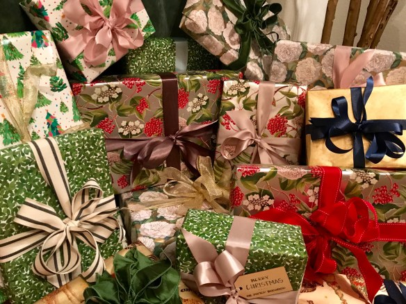 Caspari gift wrap for The Potted Boxwood 10