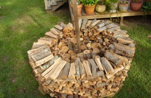 Stacking firewood the Holz Hausen way.