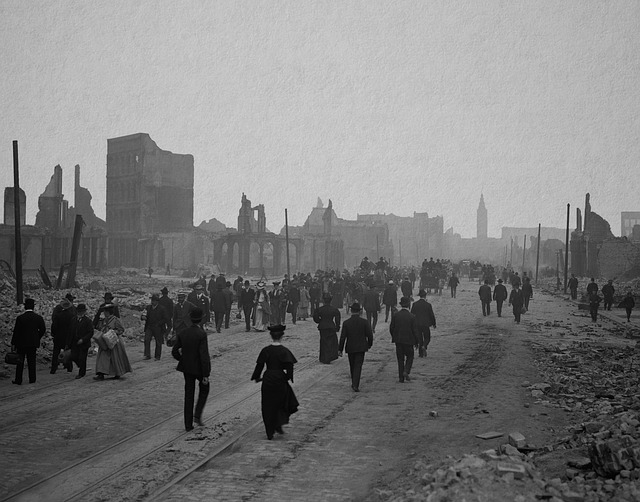 In 1906, about 3,000 people died and over 80% of the city of San Francisco was destroyed.