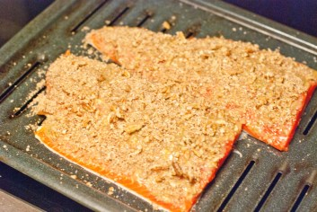 Horseradish Honey Mustard Pecan Encrusted Salmon - www.ThePrimalDesire.com