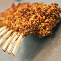 Pecan Crusted Rack of Lamb - www.ThePrimalDesire.com