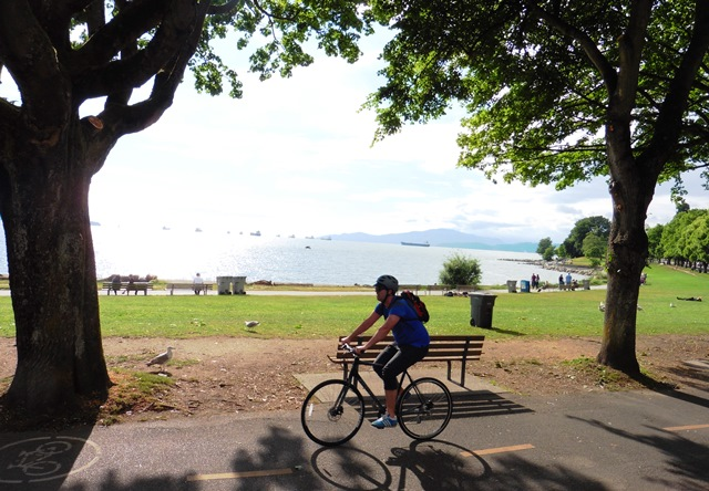 Cyclist at English Bay Vancouver - photo zoedawes