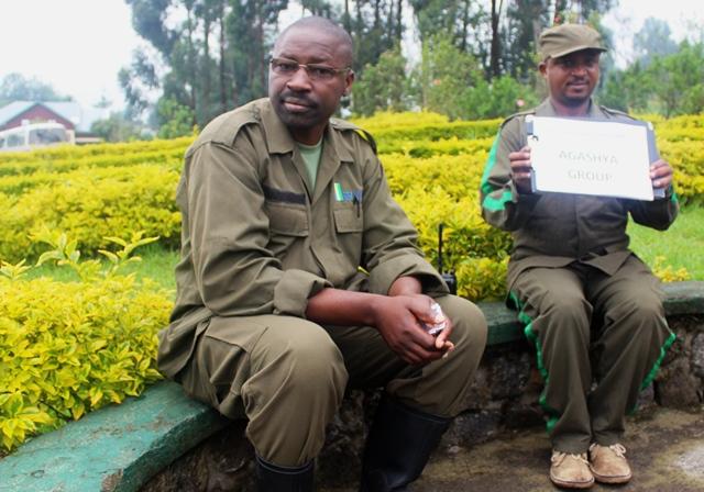 Guides for Agashya Group gorillas rwanda - zoedawes