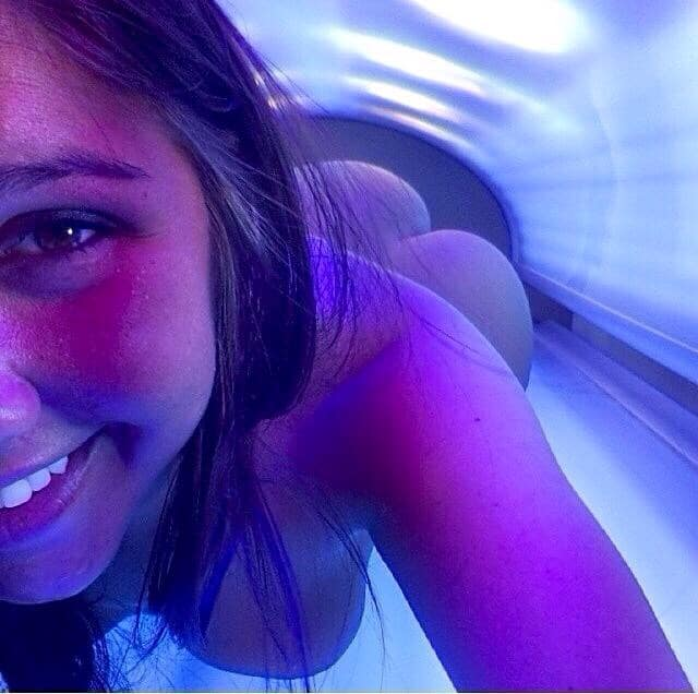 Nude Teens In Tanning Booths 112